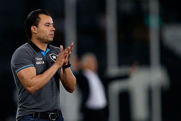 Jair Ventura, do Botafogo aposta no equilíbrio da sua equipe