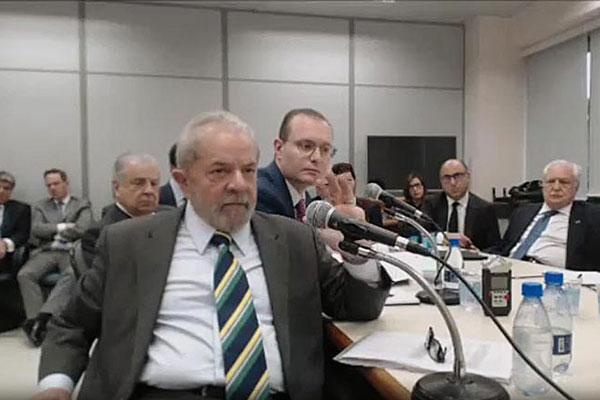 Ex-presidente Luiz Inácio Lula da Silva volta a depor hoje para o juiz federal da Operação Lava Jato