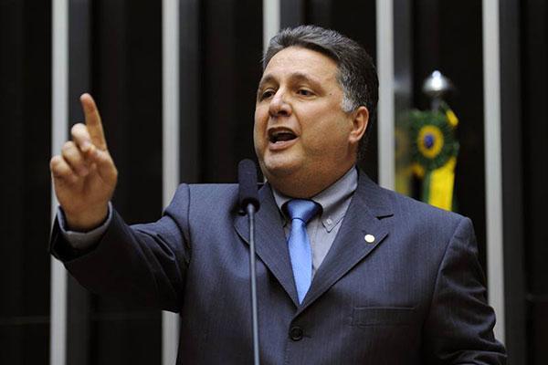 Anthony Garotinho vai cumprir prisão domiciliar