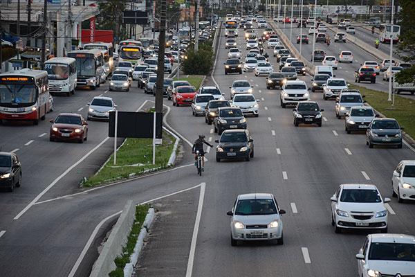 A Semana Nacional do Trânsito no RN alerta para a prudência nas estradas e também discutirá melhorias no tráfego urbano e nas rodovias que cortam o Estado