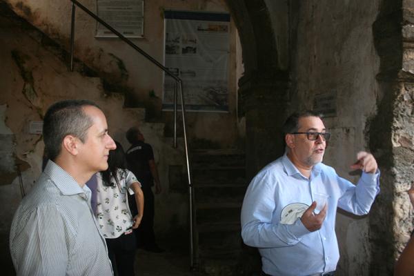 Representante do Iphan Marcelo Brito faz visita técnica ao lado de Márcio Granzotto, do RN
