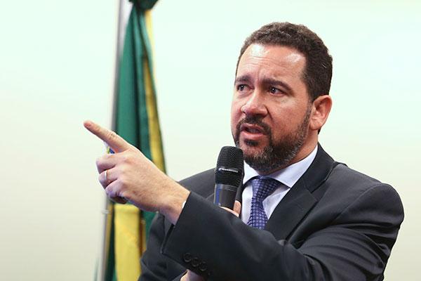 Dyogo Oliveira aguardará publicação final do texto da lei para avaliar mudanças na arrecadação