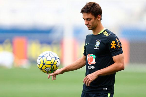 Rodrigo Caio, que vinha fazendo parte das convocações, foi preterido da lista para última rodada