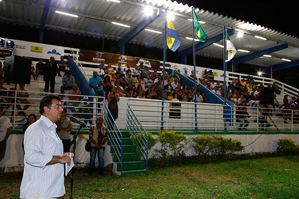 Abertura da Festa do Boi ocorreu com representantes de diversos setores; José Vieira, do Sebrae, destacou importância do evento