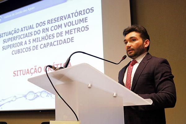 Josivan Cardoso destacou em palestra a importância da elaboração do plano estadual de segurança hídrica, que teve participação do Gabinete Civil, Defesa Civil, Semarh, Sape e do Igarn