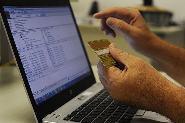 As vendas online no intervalo deste ano somaram R$ 5,6 bilhões