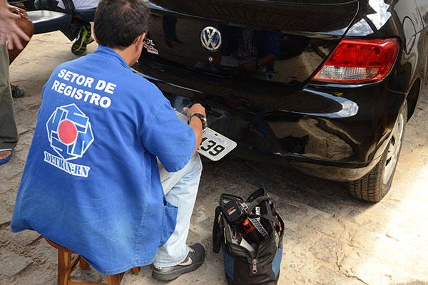Funcionários do Detran param atividades amanhã, cobrando aplicação de reajustes salariais