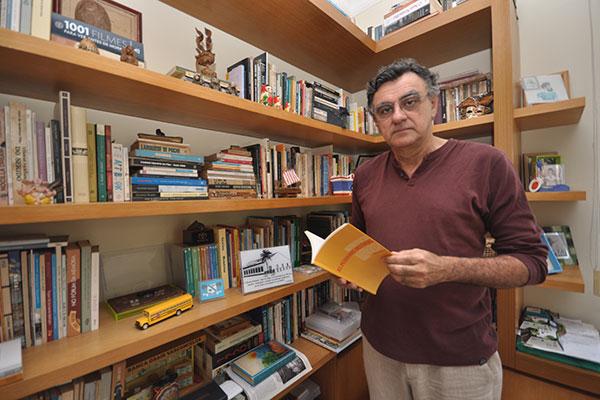 O jornalista Osair Vasconcelos conta sobre os encontros com Henfil
