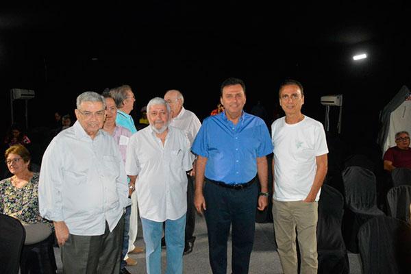 Garibaldi Alves, Carlos Eduardo e Dácio Galvão prestigiaram Woden