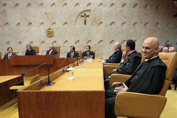 Alexandre de Moraes pediu vista e agora informou que pode apresentar o voto no processo do foro