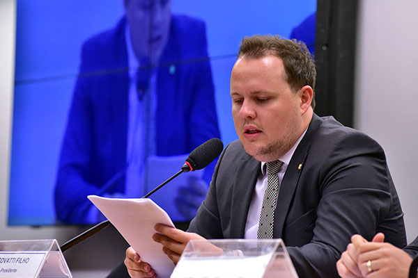Covatti Filho aponta dificuldades para o governo em ano eleitoral