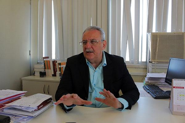 Secretário estadual de Saúde Pública, George Antunes, durante entrevista