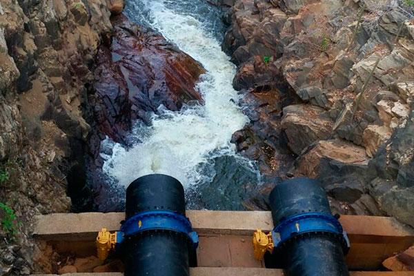 Rio Ceará-Mirim começou a receber água da barragem ontem