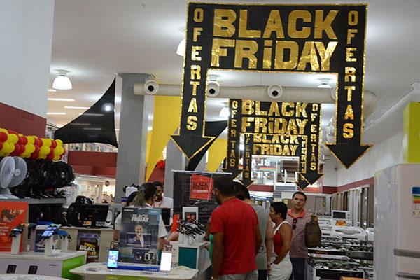 vendas na black friday devem aumentar em 20 tribuna do norte. Black Bedroom Furniture Sets. Home Design Ideas