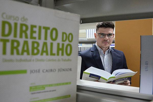 Doutor em Ciências Jurídicas Humberto Lima de Lucena Filho