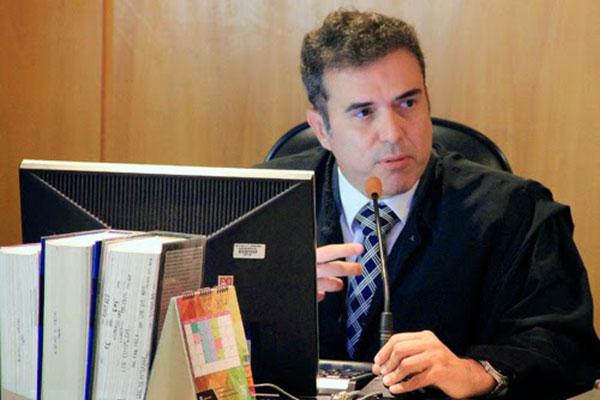 O desembargador Bento Herculano, do TRT do Rio Grande do Norte, analisa pontos positivos da Reforma, mas reconhece que existe falhas