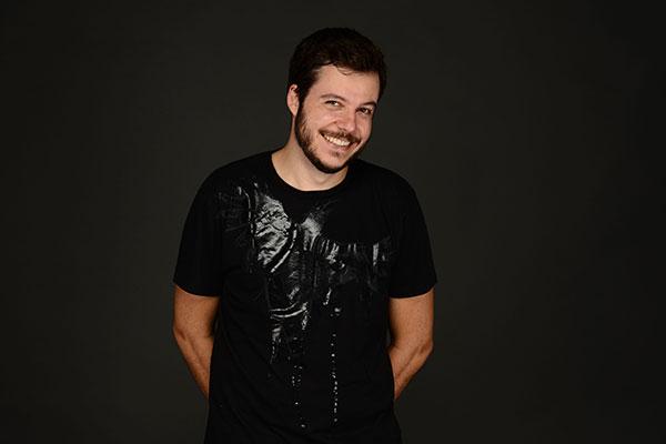 Ex-vocalista e compositor do Casuarina, João Cavalcanti mostra seu novo trabalho solo em Natal