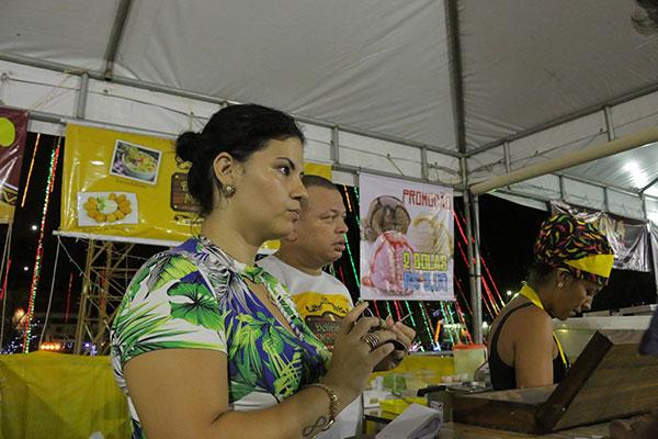 Flávia Monteiro, proprietária do Delícias de Macaxeira