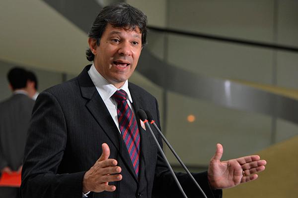Fernando Haddad fica responsável pelo programa de governo