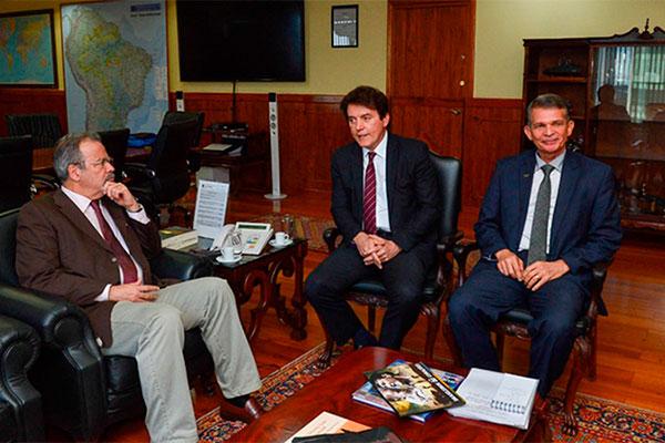 Robinson foi recebido pelo ministro Raul Jungmann nesta quinta-feira