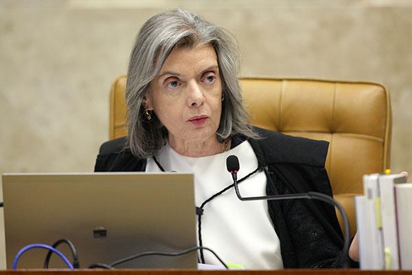 Cármen Lúcia disse que o repasse deve ser equivalente ao pagamento da folha de pessoal
