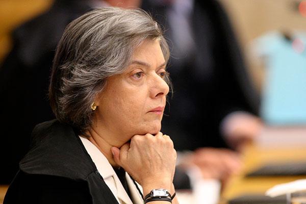 Presidente do Supremo Tribunal Federal, Cármen Lúcia afirma que indulto não é prêmio ao criminoso nem tolerância ao crime