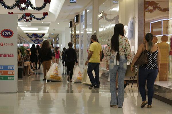 Vendas de fim de ano cresceram 5,2% em dezembro do ano passado e movimentaram R$ 34,9 mi