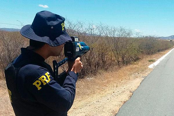 Nas sete rodovias federais que cortam o RN (cerca de 1,6 mil km), a PRF tem apenas quatro radares móveis para fiscalizar o tráfego