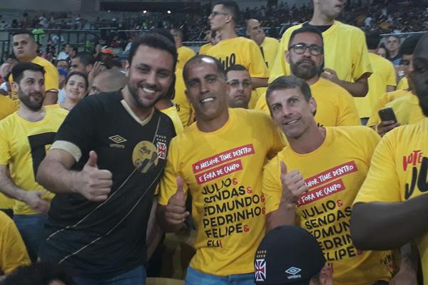 Julio Brant contou com o apoio de ex-vascaínos como Felipe e Pedrinho
