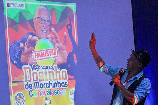 Isaque Galvão é um dos intérpretes que mantém vivo o repertório de frevos e marchinhas locais