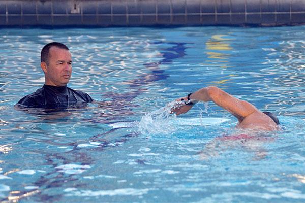A natação é considerada um dos esportes mais completos