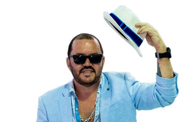 A sexta-feira das Rocas terá a nata do samba na voz de Toninho Geraes