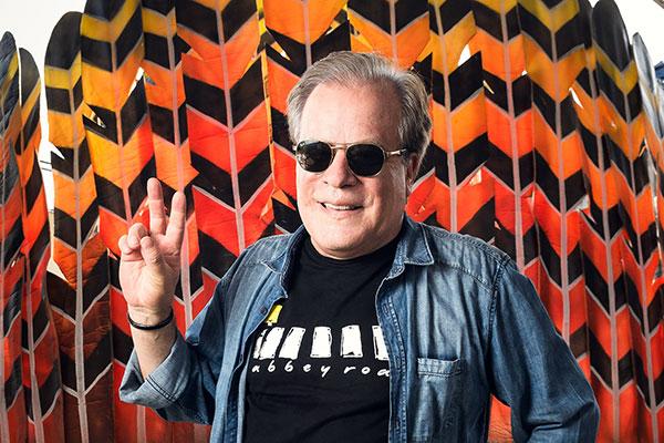 Chico Pinheiro comenta desfiles