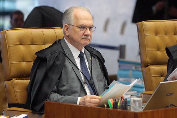 Edson Fachin preferiu deixar a análise do mérito do pedido para o plenário do Supremo