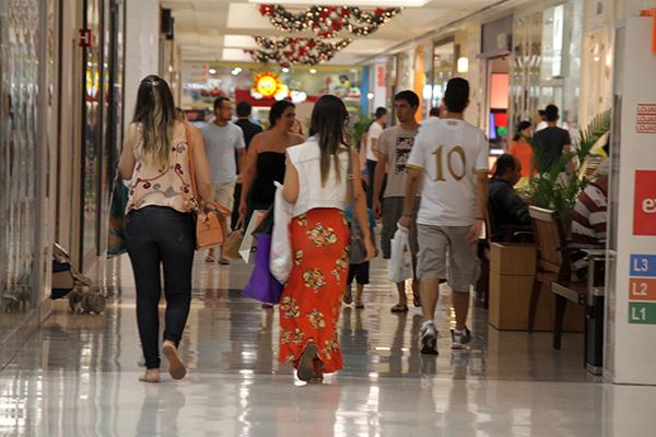 Consumidores brasileiros deverão aproveitar mais um saldão