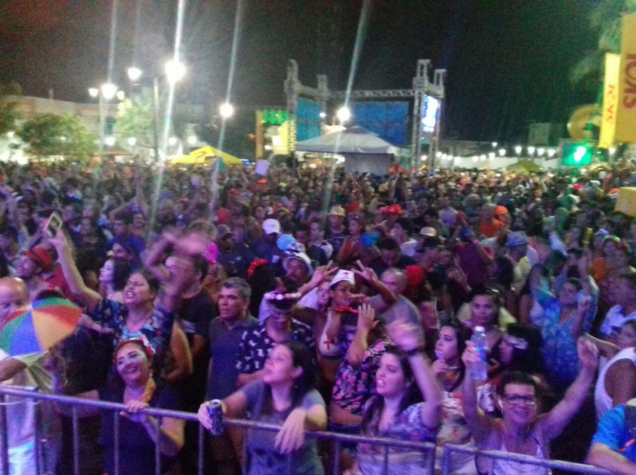 Milhares de pessoas foram a Ponta Negra para aproveitar festa