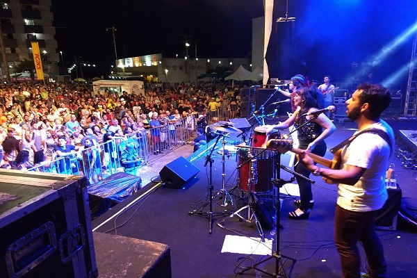 Família Pádua abre os shows do polo Ponta Negra