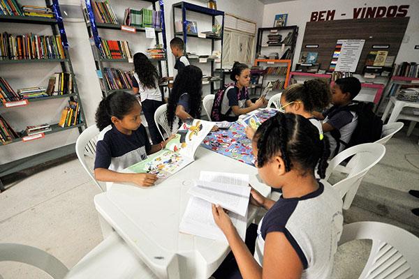 Ano letivo na rede municipal de Educação de Natal começou ontem, com 58 mil alunos matriculados, dois mil a mais que em 2017