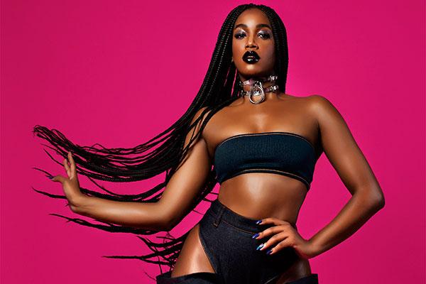 Nome em ascensão na música pop brasileira, IZA  desembarca em Natal na pegada de seu hit Pesadão