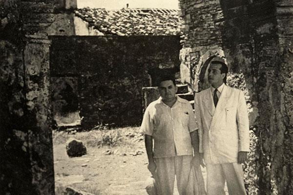 Em fins da década de 1940, numa visita ao Forte dos Reis Magos na companhia do etnólogo. Anos depois, concedeu a Cascudo o título de Historiador da Cidade do Natal