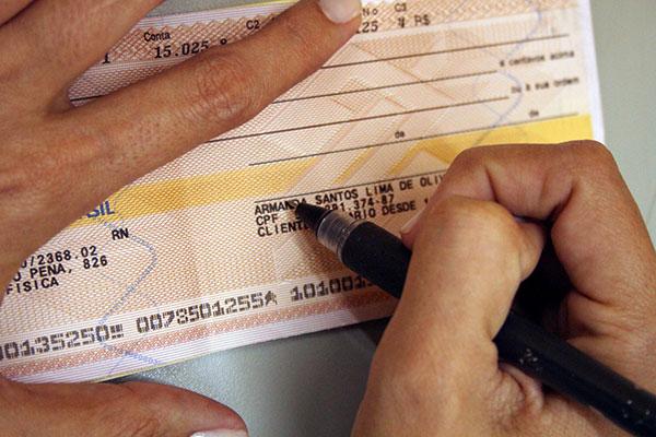 Juros dos cheque especial aumentaram no primeiro mês do ano