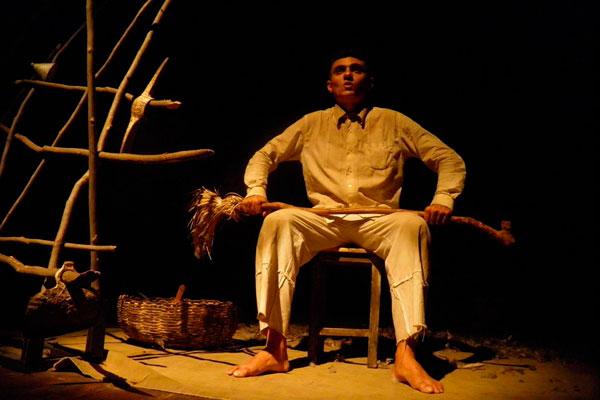 Espetáculo Ps, da Cia Trapiá, aborda um caso real de parricídio ocorrido no sertão, no século XIX