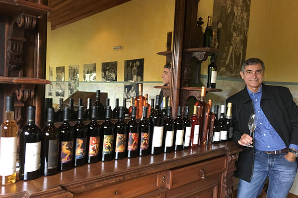 Colunista Gilvan Passos na seleção da Francioni: Os vinhos são elaborados com uvas de vinhedos próprios e a produção anual é de 150 mil garrafas