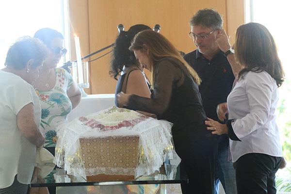 Velório do ex-deputado Ismael Wanderley foi no Cemitério Morada da Paz, em Emaús