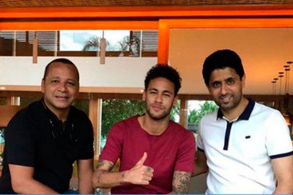 Neymar pai, Neymar Júnior e o presidente do PSG Nasser Al Khelaif estiveram juntos ontem no Rio