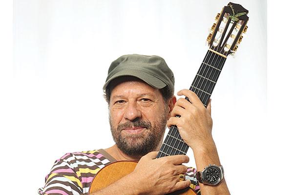 """Um dos maiores compositores da MPB está de volta a Natal com o novo show """"Mano Que Zuera"""""""