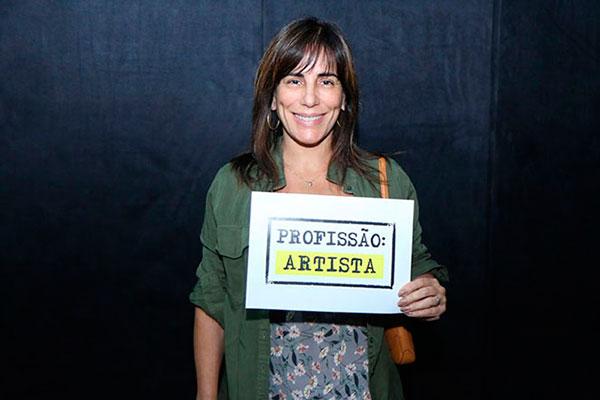 Gloria Pires participa da mobilização pela manutenção da DRT