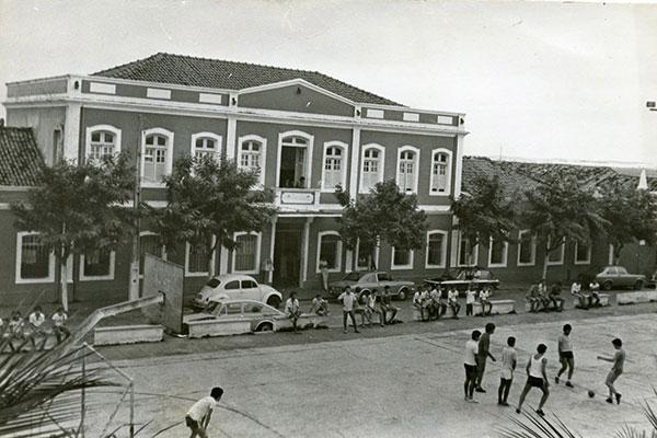 A Casa do Estudante é um dos últimos resquícios preservados da Natal antiga. Na foto, estava em plena atividade nos anos 1970