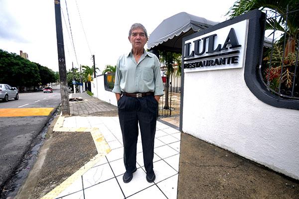 Luiz Gonzaga dos Santos, proprietário do Lula Restaurante