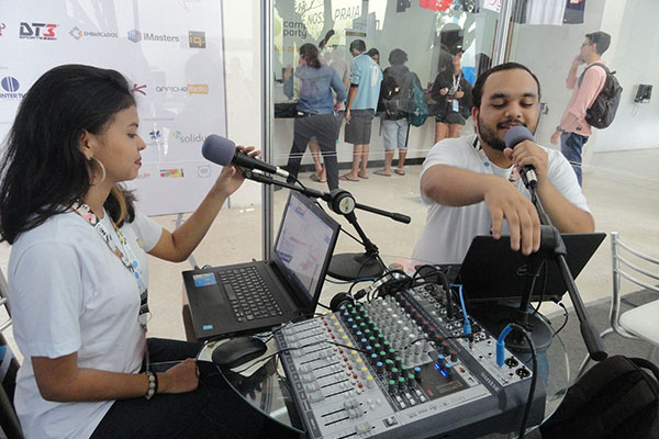 Rádio municipal transmitiu ao vivo, durante os dias do evento